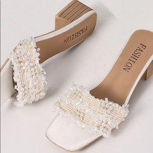 Faux pearl decor open toe chunky heels
